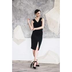 Instinct. Pieštuko formos juodas sijonas