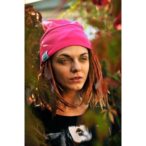 MAUFashion. Ryškiai rožinės spalvos kepurė