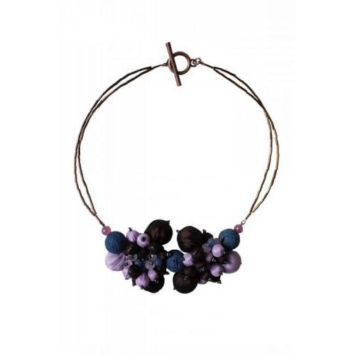 STYLE INN. Cipari violetinės spalvos kaklo papuošalas